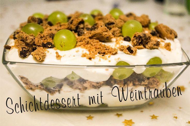 Schicht Dessert mit Weintrauben