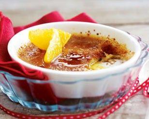 Das Rezept für Lebkuchen-Crème-brûlée mit Orangenfilets und weitere kostenlose Rezepte auf LECKER.de