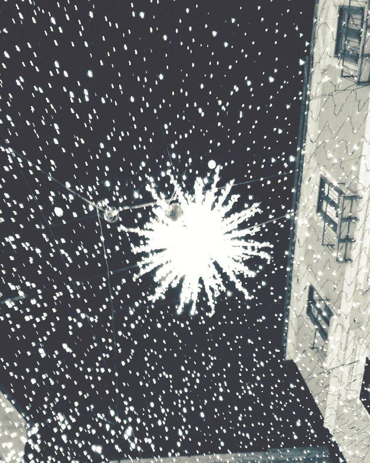In the Sky. #unangeloinviaggio  #italy #italia #campania #salerno #salernolucidartista #salernopuntoit #salernocity #campanialovers #campaniadavivere #paesaggicampani #paesaggisalernitani #igersitalia #igerscampania #igers_salerno #sud #amepiaceilsud #streetfoto #streetphotography #fotografia #biancoenero #blackandwhite #volgocampania #volgosalerno #vivosalerno #vivocampania #lucidiartista #lucidartistasalerno #living_europe #living_destinations