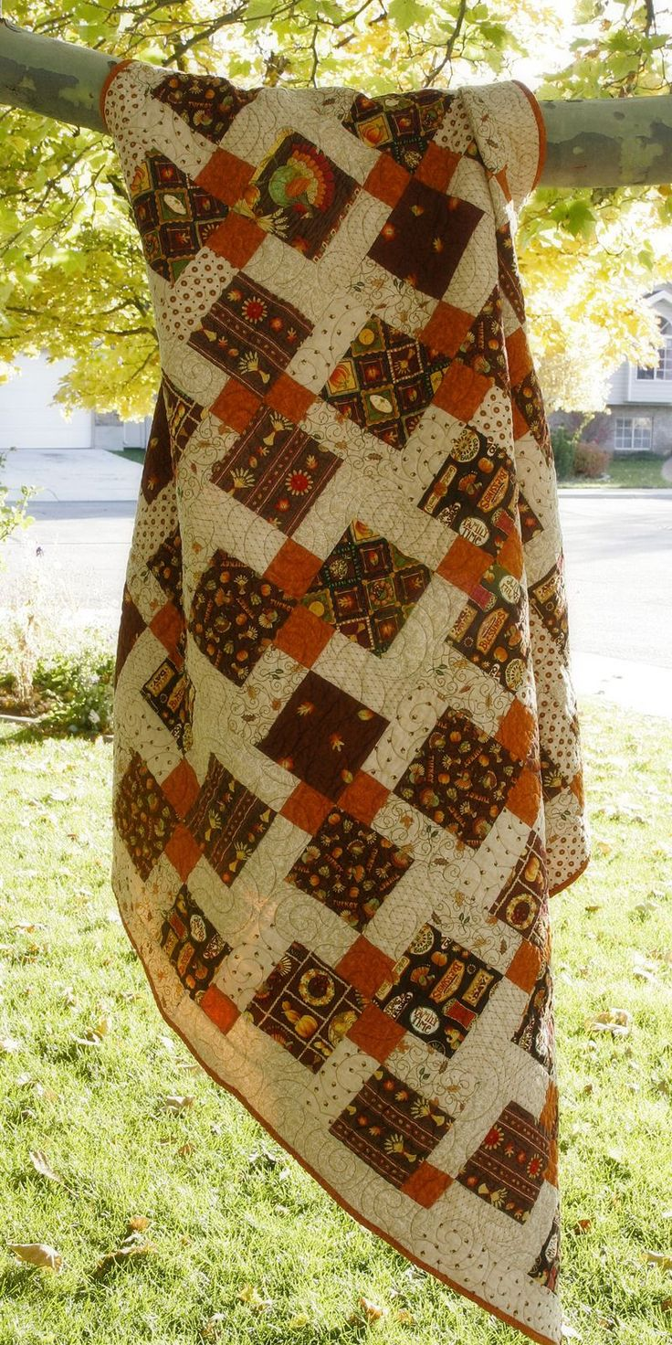 Very cool disappearing nine patch -- with complete instructions ...  I . Love. This!   #autumn #fall