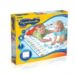 Un tapis ou un livre aquadoodle pour pouvoir dessiner UNIQUEMENT là où c'est permis !
