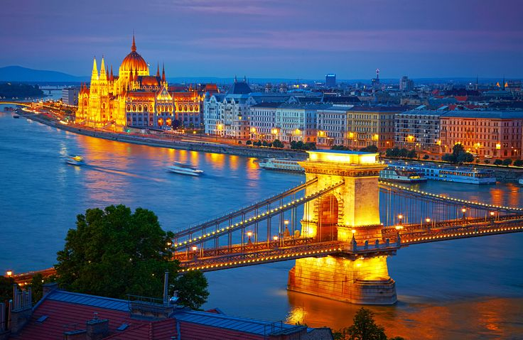 Chain Bridge – Budapest Photographic Print