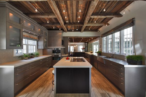 Beautiful modern rustic kitchen. Although I'd be happy wit a kitchen half that size!