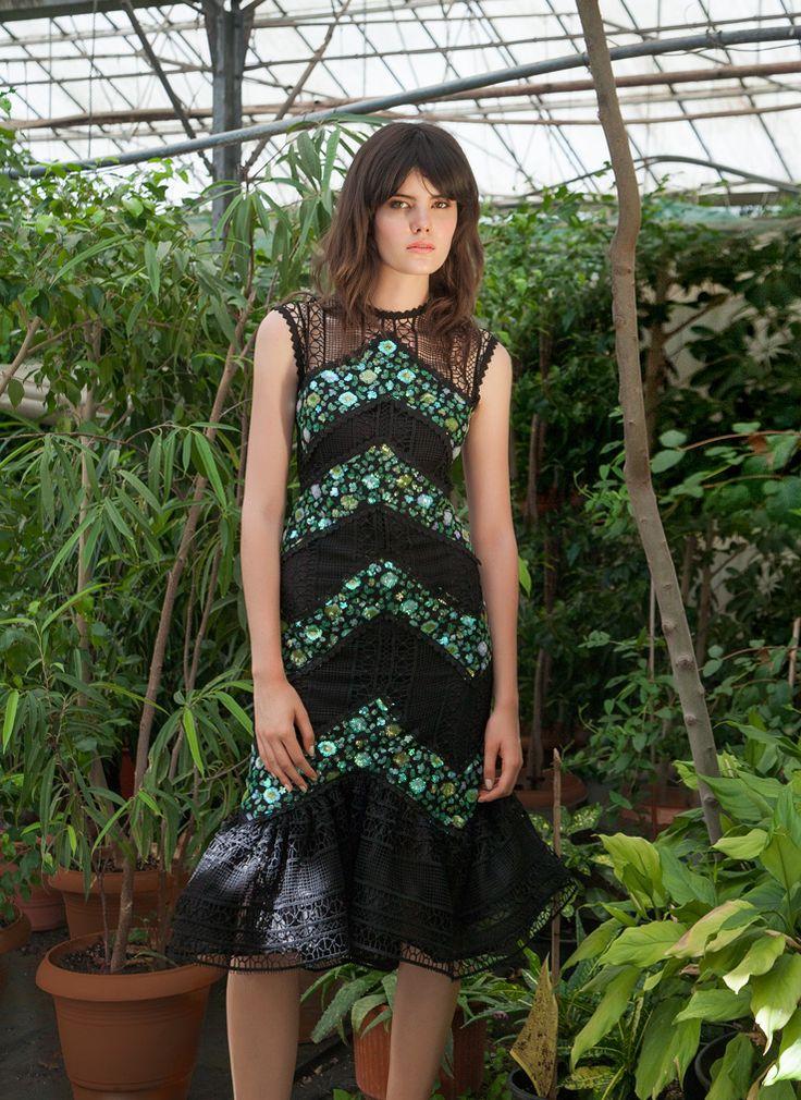 Resort 1753 Sleeveless Sequin Lace Midi Dress, Green