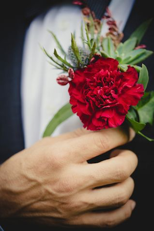 Red carnation boutonniere | Just For Love Photography | see more on: http://burnettsboards.com/2014/08/intimate-wintry-garden-wedding/