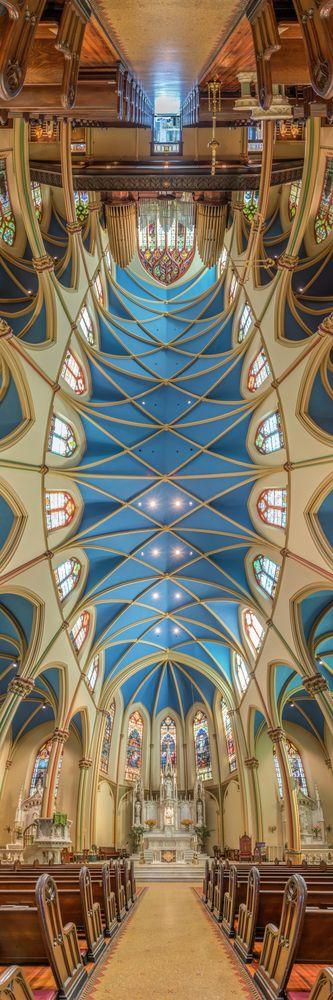 Richard Silver's Stunning Vertical Panoramas of New York Churches,St. Monica's Church. Image © Richard Silver Photo