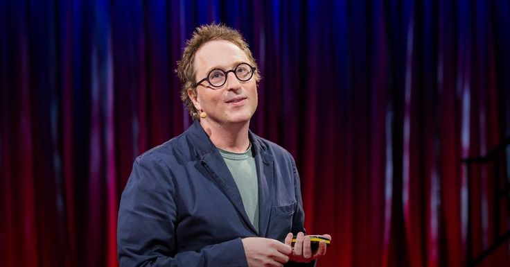 Twitter gives a voice to the voiceless, a way to speak up and hit back at perceived injustice. But sometimes, says Jon Ronson, things go too far. In a jaw-dropping story of how one un-funny tweet ruined a woman's life and career, Ronson shows how online commenters can end up behaving like a baying mob -- and says it's time to rethink how we interact online.