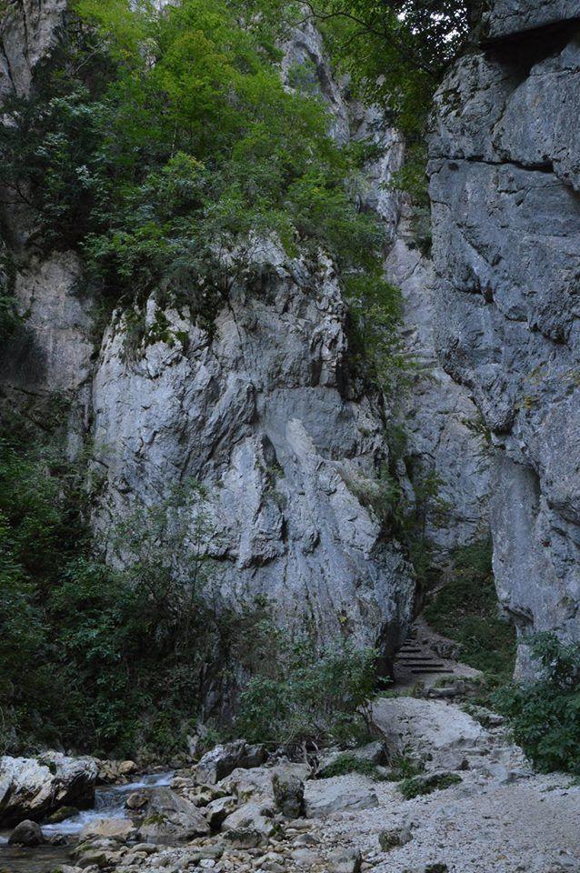 L'ingresso delle Gole dell'Infernaccio
