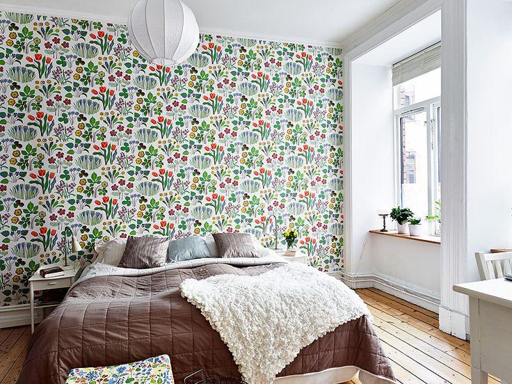 Best Interior White And Bright Kids Room Wallpaper Interior 400 x 300