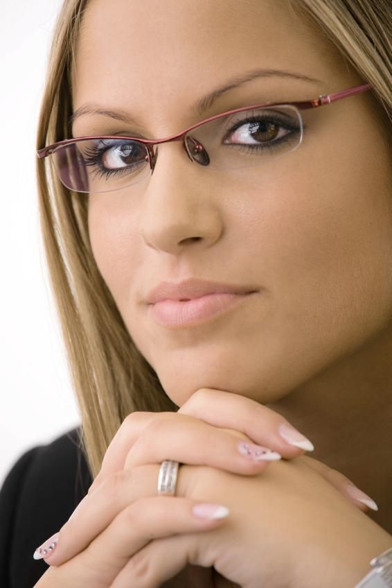 dc71a167687 people wearing semi rimless glasses ...