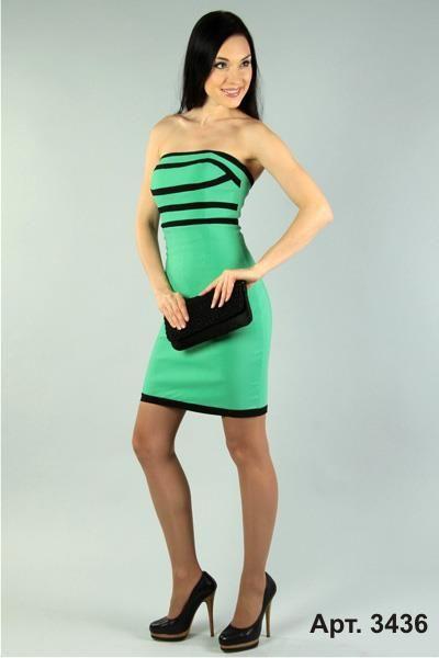 Если платье изумрудного цвета то какого цвета будут чулки