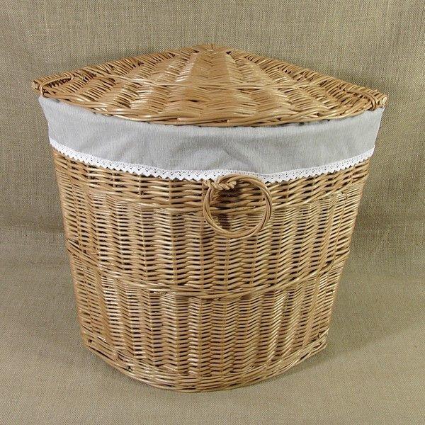 Wiklinowy kosz na bieliznę z materiałowym wkładem wzór - melanż z koronką