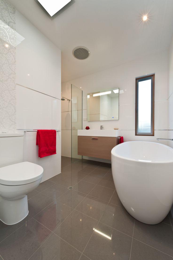 93 best Brilliant Bathrooms images on Pinterest   Bathrooms ...
