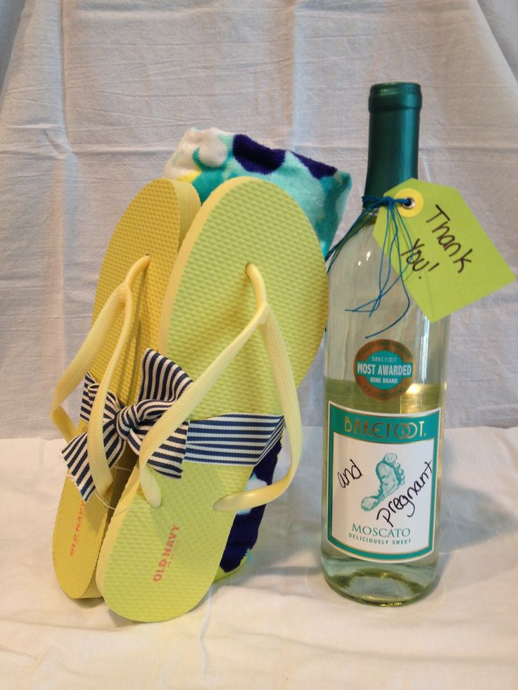 """Barefoot and Pregnant"" Summer Baby Shower Hostess Gift! Barefoot wine with a beach towel and flip flops!"