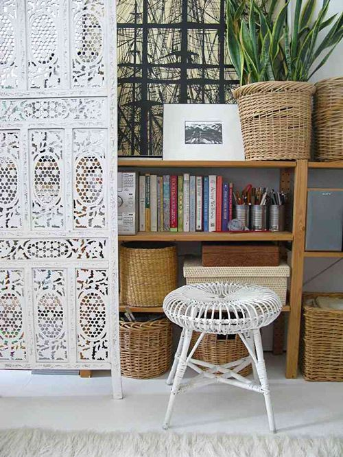 basketsHouse Dreams, Wicker Baskets, Guest Bedrooms, Modern Rustic, Interiors Design, Lace Doors, Vintage Modern, Bohemian Style, White Room