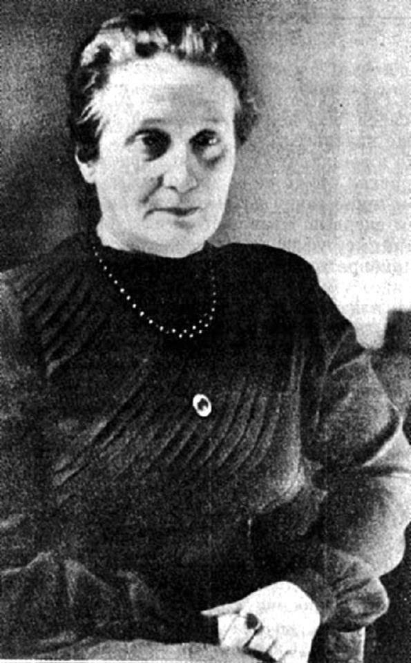 "Анна Ахматова читает свой  ""Летний Сад"", Ленинград, 1964 год"