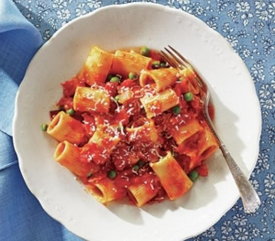 Rigatoni with Bacon & Peas - Real Simple Magazine