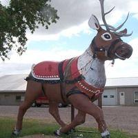 Sleepy Eye, Minnesota: Cow-Reindeer Statue