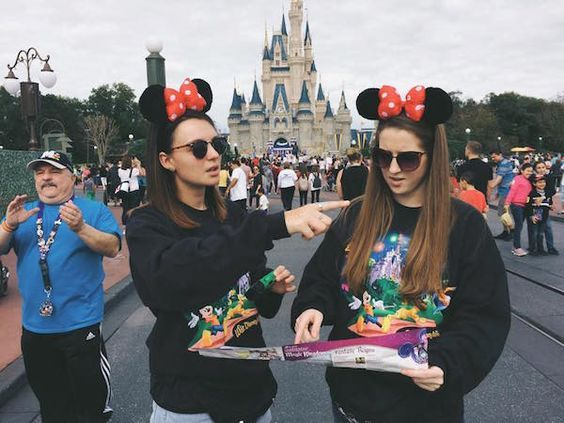 10 Reasons You Should Apply For The Disney College Program