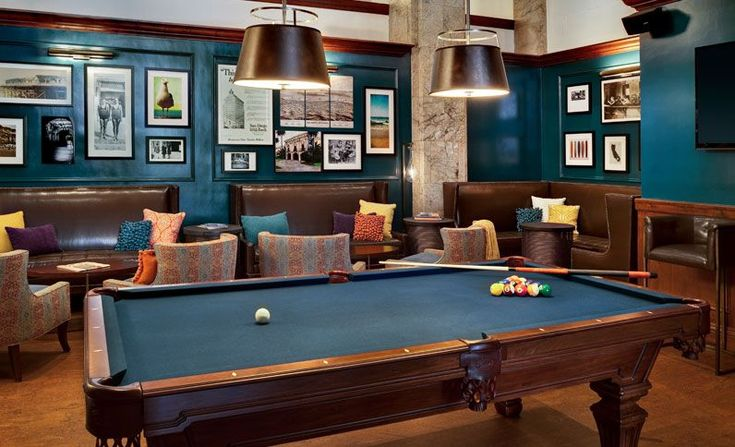 Billiards Room - Courtyard by Marriott San Diego Downtown
