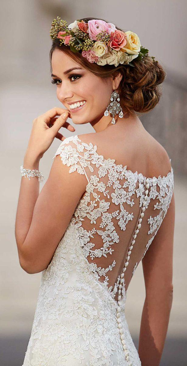 Wedding Dress by Stella York Spring 2016. Pinned by www.theglasshousegirls.com Join us for Wedding Fortnight at our blogzine 14-28 July 2015!