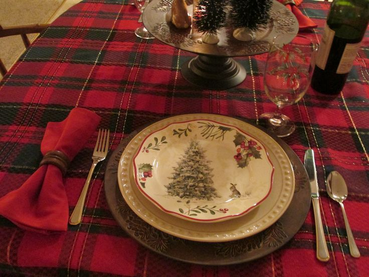 My new woodland Christmas dishes - Love the  bunny!