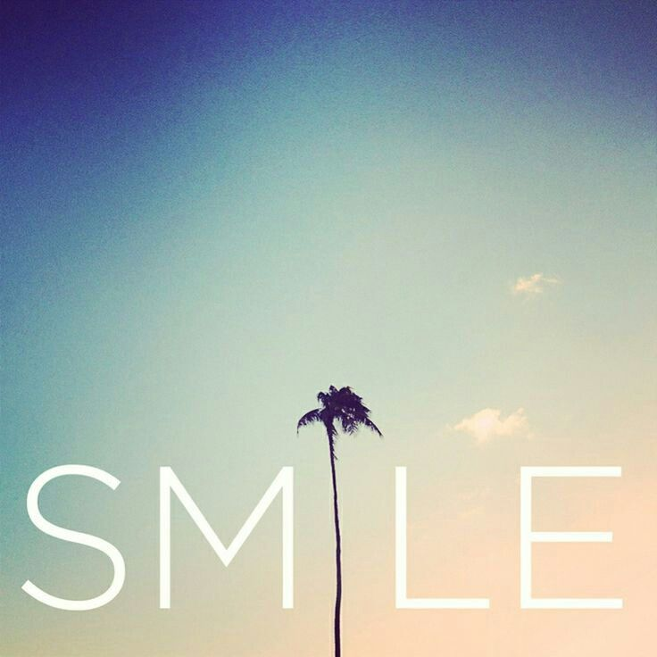 Sky, palm tree... just smile.