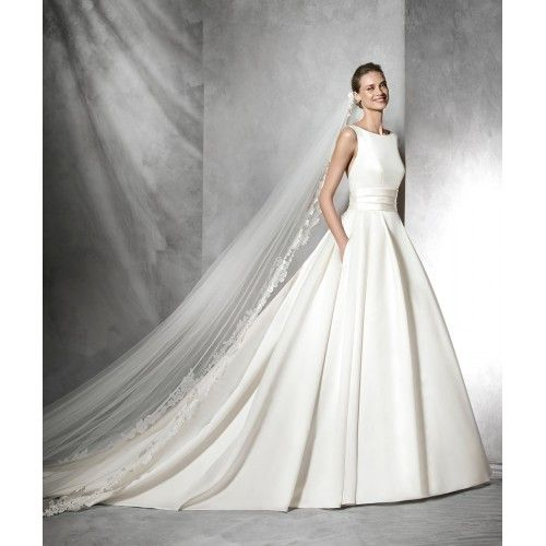 Pronovias preview 2017 | Mirror Mirror | North London Wedding Dress
