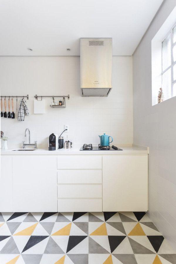 Modern brazilian apartment for a young couple - Renata Ramos, Humaita, Porto Alegre (RS)