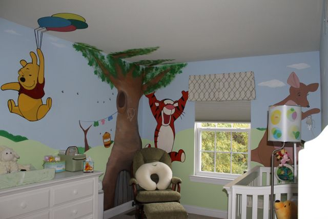 Winnie the pooh nursery i want the wall and baby girls for Ideas para decorar paredes infantiles