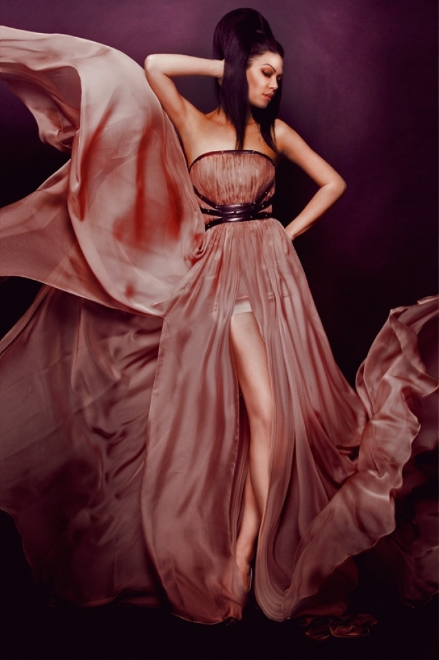 annushka dress by Denis Predescu  Buy it: http://shop.inspirare.com/items/annushka-dress