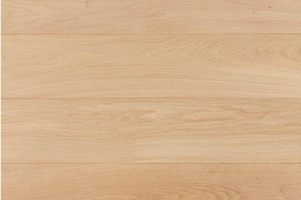 ユーロオークS 125/140/160 用途 [仕上] フローリング(無塗装品)  材質:欧州産ホワイトオーク 規格:20×(125/140/160)×乱尺 等級:セレクト(一部小節や淡い色むらを含みます) 梱包:都度協議