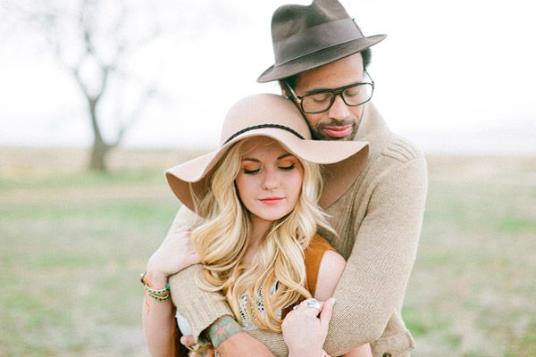 one couple with some serious style // photo by Ciara-Richardson.comBears Hug, Engagement Photos, Bohemian Style Couples, Engagement Session, Hippie Couples Photography, Couples Photography Chic, Big Bears, Floppy Hats, Couples Portraits