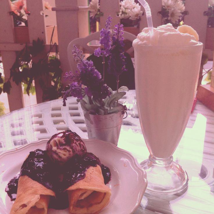 Blueberry pancake and banana milkshake
