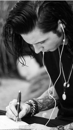 Andy Biersack of Black Veil Brides writing lyrics and jamming out. Love you lots Andy <3 - Laura