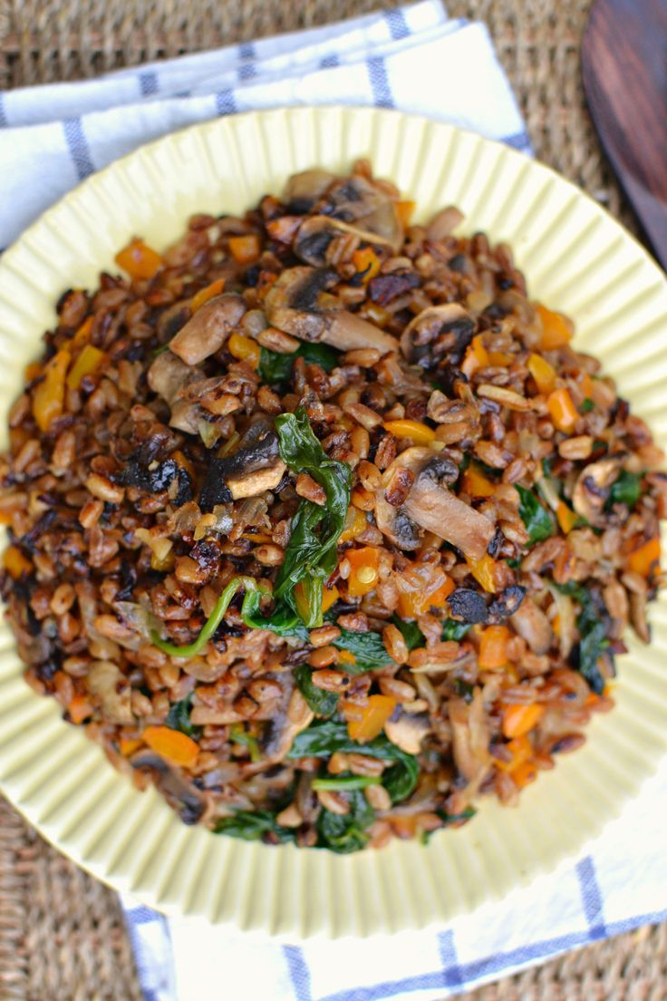 Vegan Fried Farro | http://www.radiantrachels.com/vegan-fried-farro/