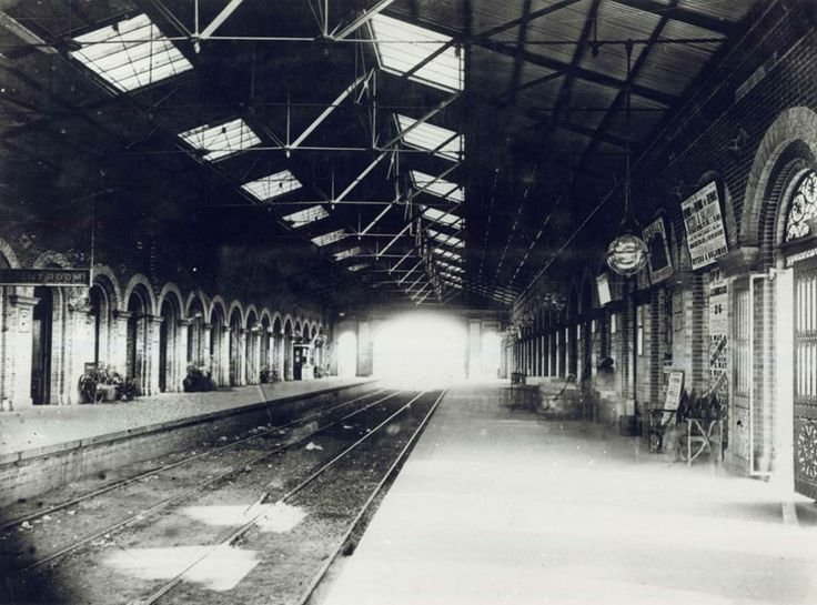 Interior of second Sydney Railway Station, c.1880. The old station included only two tracks and two platforms. Digital ID 17420_a014_a0140000246