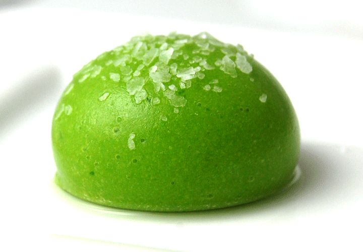 Liquid pea raviolis are made with the basic spherification technique, are easy to make and taste delicious. The liquid pea is basically a very simple pea soup but the spherification process converts it into a magical dish. This recipe is not the original from El Bulli (Catalonia | Europe)