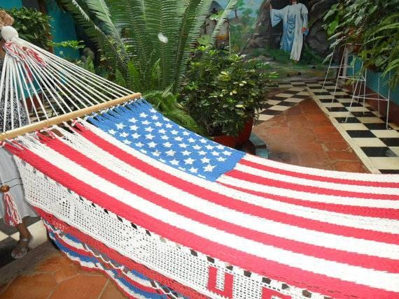 life is a hammock 32 best holiday hammocks images on pinterest   hammock hammocks      rh   pinterest