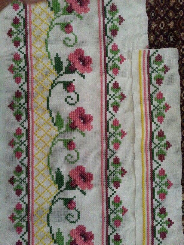 Pink flowers cross stitch