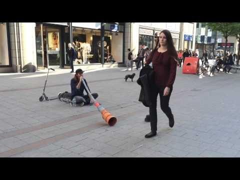 Pipe Singer Street Singer Performer