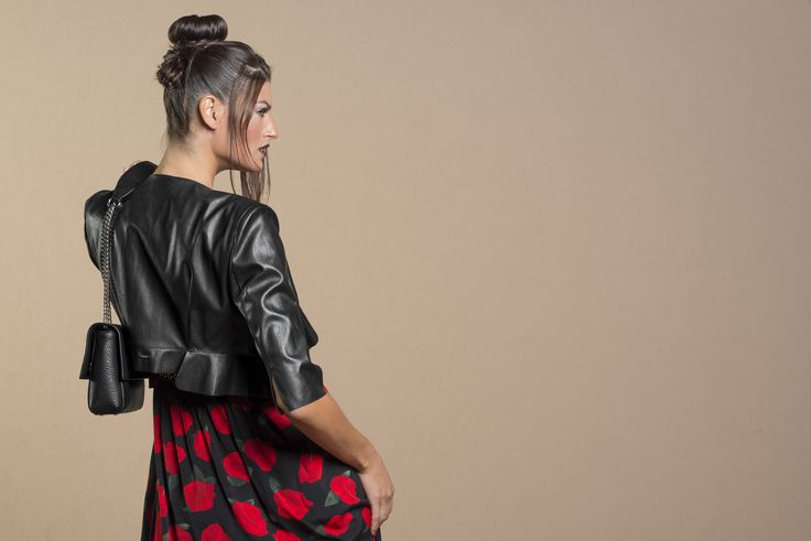 Get ready for the NEW SEASON. Take a look at the collection of leather jackets, trenches and fall coats.  Find out >>   https://www.leaeflo.com/en/211-giubbotteria-capispalla-donna#/categorie-giacche_blazer_donna-giubbini_donna-giubbini_jeans_donna-giubbini_smanicati_gilet_donna-giubbini_giacche_in_pelle_donna-trench_donna