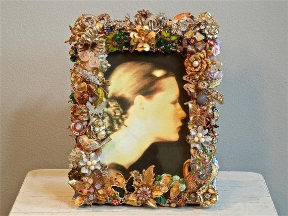 vintage jewelry frame