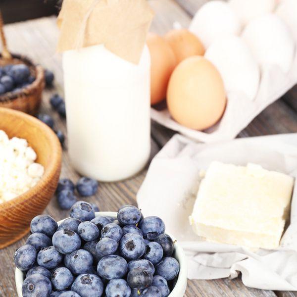 Essen Sie mehr Eiweiß. Aber nicht in Form von Eier. Wir stellen Ihnen Eiweißbooster vor, die lange satt machen. Eiweißreiche Lebensmittel auf einen Blick.