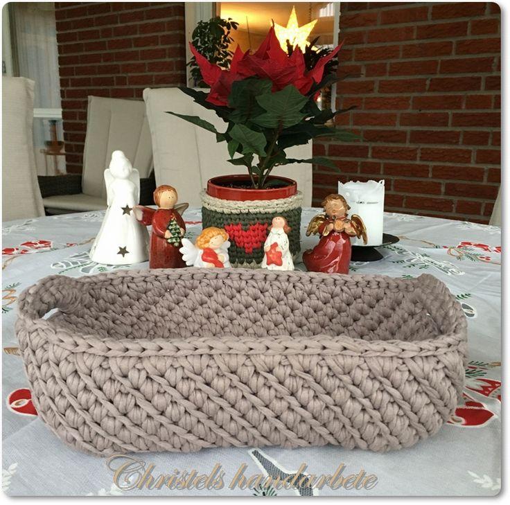 Virkad brödkorg, Crochet breadbasket