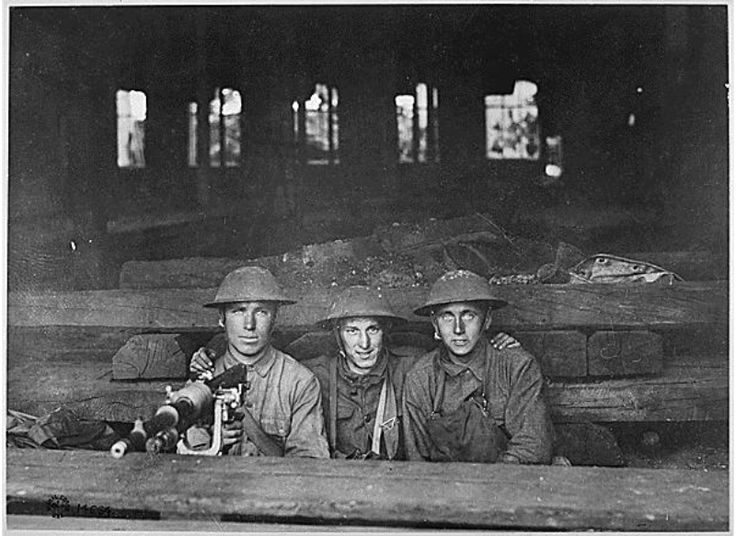 The Lest We Forget Project is asking people to bring in letters, photos and objects from the Great War to be recorded for a free online database   History   WWI   Technology   Innovation   Museums  