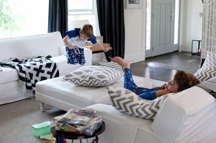How to mix white furniture with kids and keeping it clean. Yes, it can be done!  This is her real house.  She has 4 boys!