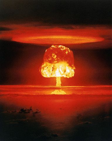 1946 - TESTE NUCLEAR NO ATOL DE BIKINI