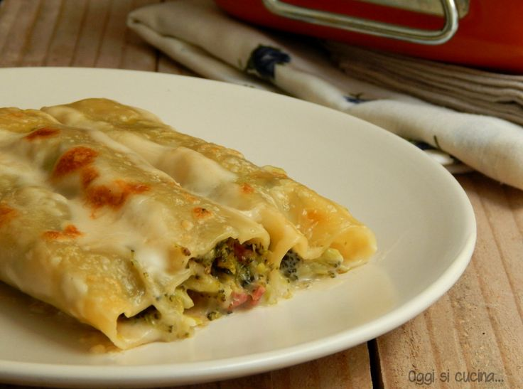 Cannelloni broccoli e salsiccia http://blog.giallozafferano.it/oggisicucina/cannelloni-broccoli-e-salsiccia/