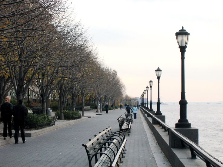 Battery Park City has the most beautiful walk / jogging path :)